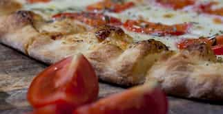receta de amasa de pizza con amasadora batidora